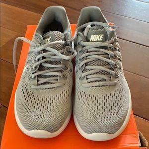 Nike Lunarglide Sneakers